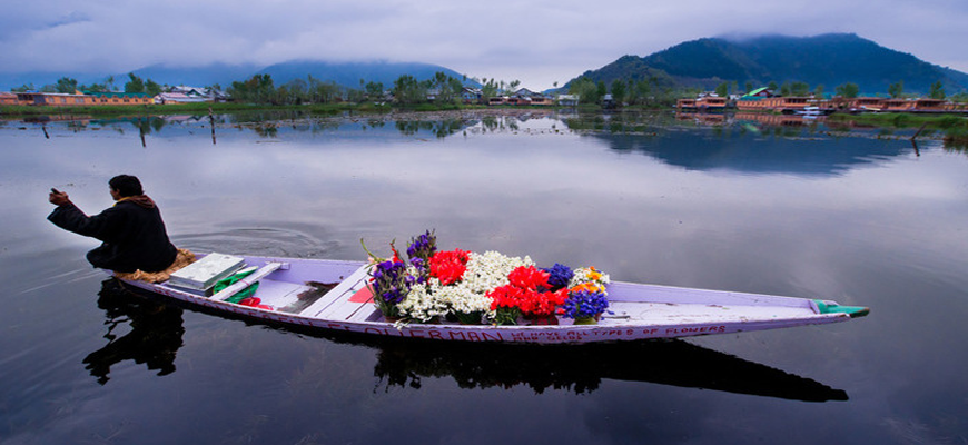 2 Night  3 Days kashmir Package 1 Night Houseboat |1 Night Srinagar